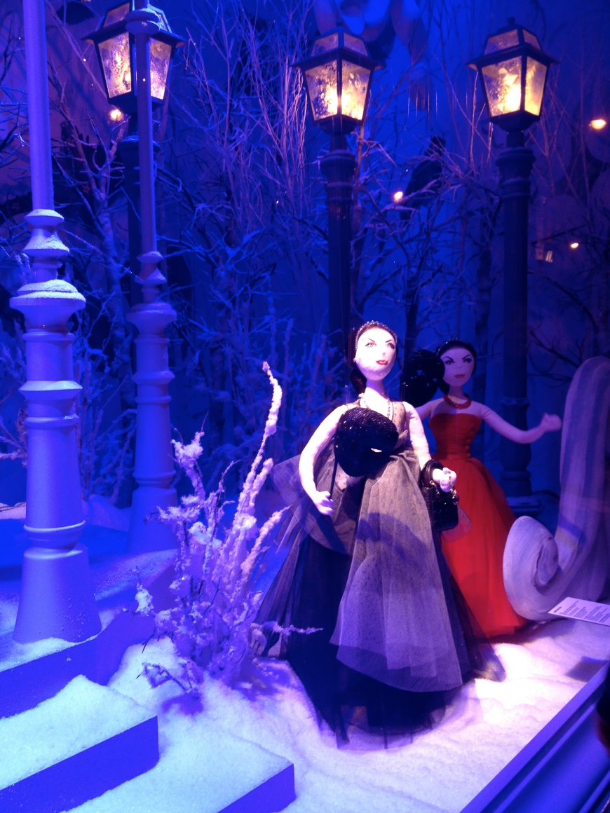 Dior dolls at the ball printemps vitrines decembre 2012 paris department stores haussmann noel