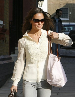 Pippa Middleton with a Longchamp bag