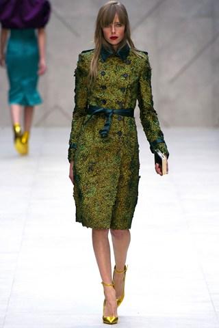Burberry Prorsum London Fashion Week 2013 trench