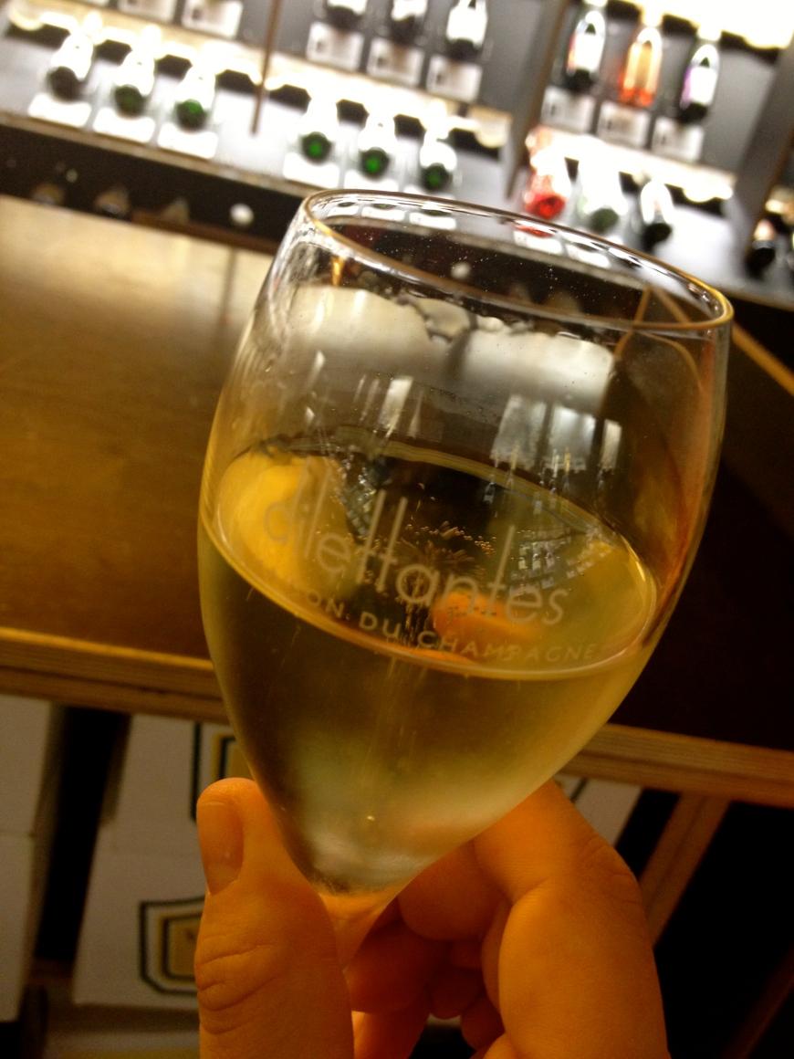 dilettantes la maison du champagne paris saint germain des pres