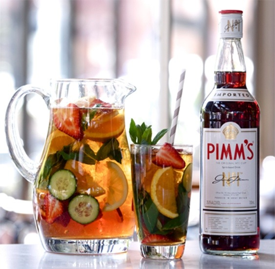 pimm's england summer drink classic cocktail recipe simplypeachy.com