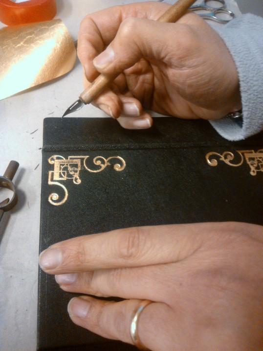 artigiano a lavoro