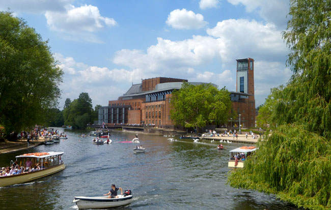 royal-shakespeare-theatre--River-Festival-by-Ann-Rob-650x413